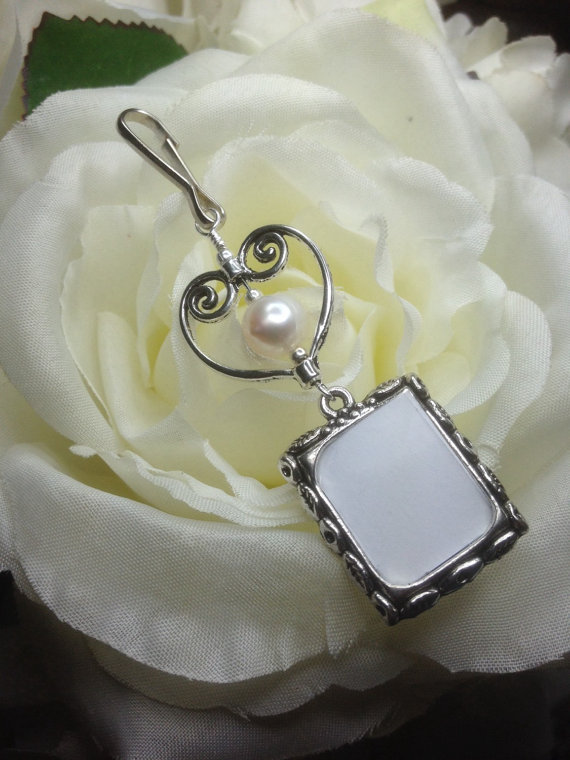 Wedding - Wedding bouquet photo charm. Memorial photo charm with pearl and heart.
