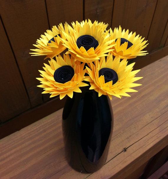 Hochzeit - Paper Flower Bouquet - Yellow Paper Sunflowers (6) - Perfect for weddings, bridal bouquets, anniversaries, showers