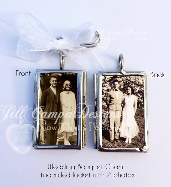 Mariage - WEDDING BOUQUET CHARM - 2 photos in a two sided Custom Photo Wedding Bouquet Charm - wedding charm - Bridal Bouquet locket - wedding charm
