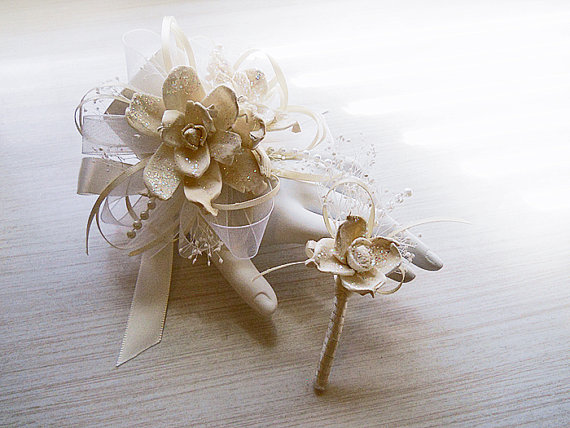 Mariage - Shimmering Winter Christmas Sola Flower Wrist or Pin On Corsage and/or Boutonniere, Winter Wedding, Christmas Wedding. Made to Order.