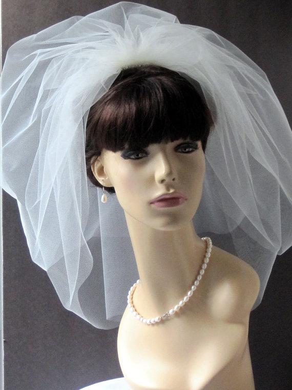 Свадьба - Bridal Veil Bubble 21 inch 2  Layer, wedding puffy veil, Wedding birdcage veil, Blusher veil