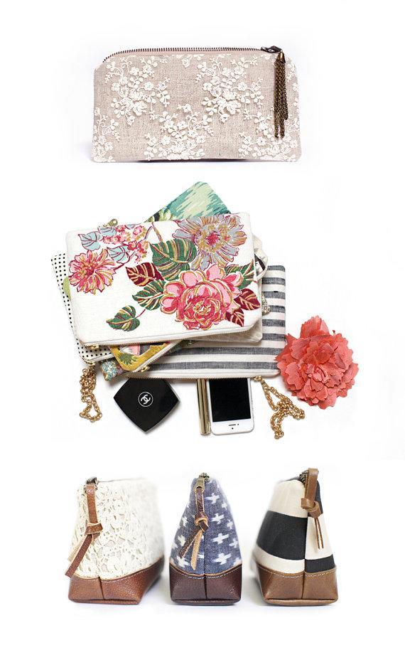 Свадьба - Vintage Wedding, Bridesmaid clutch, Floral print clutch, Lace Clutch, Wedding gift, Clutch Bag, Bridesmaid gift, Travel bag, Makeup bag