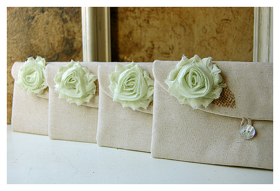 Mariage - Set of 9 -ONE FREE BAG- Bridesmaid Clutch Purse, Rustic burlap shabby Linen Bridesmaid Gift Idea Outdoor Wedding mint Personalize MakeUp