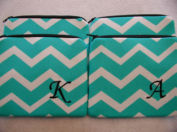 Wedding - Set of 7 Small Personalized Bridesmaid Gift - 7 Monogrammed Zippered Pouchs - Makeup Bags - Clutches  - Wallets - Chevron - Design Your Own