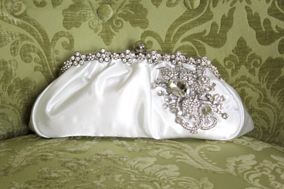 Свадьба - Ivory Clutch, Satin Bridal Clutch, WeddingClutch Purse, Vintage Style Bridal Clutch, Rhinestone Clutch,