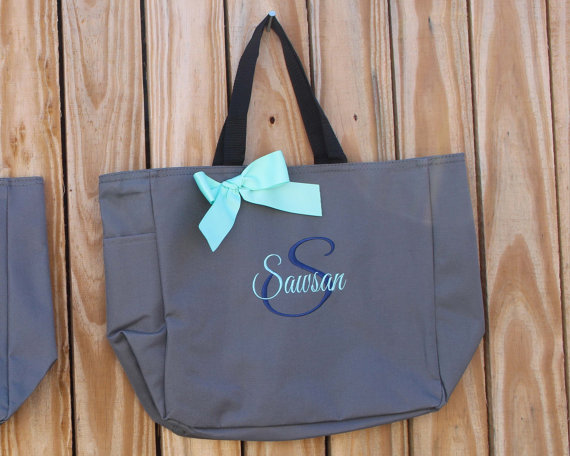 Hochzeit - 11 Personalized Bridesmaid Tote Bags Personalized Tote, Bridesmaids Gift, Monogrammed Tote
