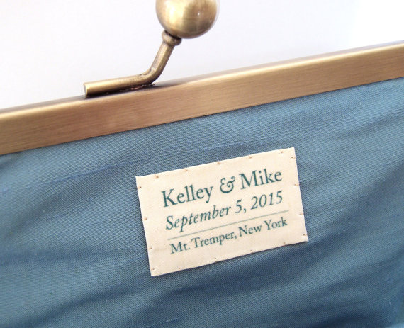 Mariage - Custom silk label for clutch bag: hand-stitched / personalised message / wedding momento / bridal gift