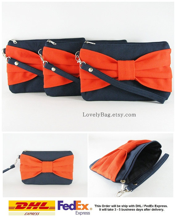 Свадьба - SUPER SALE - Set of 5 Navy Blue with Orange Bow Clutches - Bridal Clutches, Bridesmaid Wristlet, Wedding Gift, Zipper Pouch - Made To Order