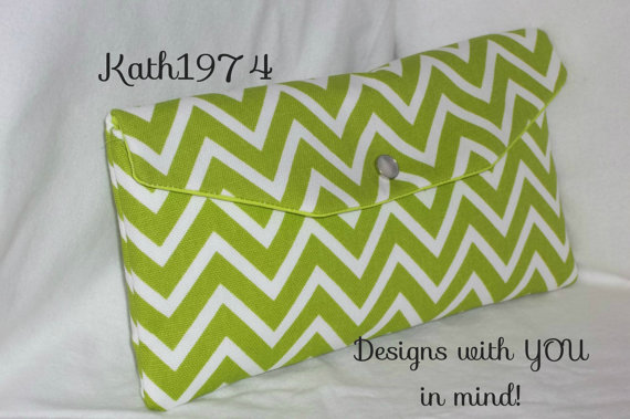 Mariage - Bridesmaid Clutch / SALE / Fold Over Envelope Clutch/Premier Prints- Cosmo Chevron in Chartreuse & White/Bridesmaid Gift