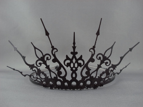 Mariage - Ultima -  Black Filigree Gothic Tiara Evil Queen Crown Evil Queen Tiara Once Upon a Time Gothique - Ready to Ship