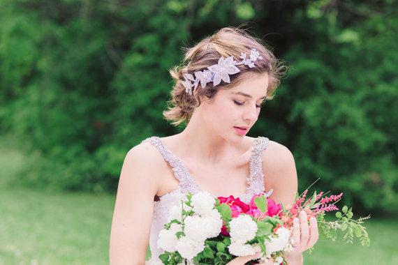 Hochzeit - Wedding hair comb - Style H49