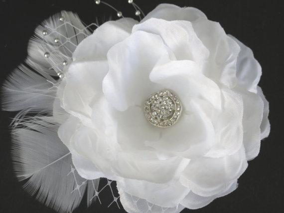 Mariage - White Bridal  Flower Hair Clip  Wedding Hair Clip  Wedding Accessory Veil  Pearls Feathers