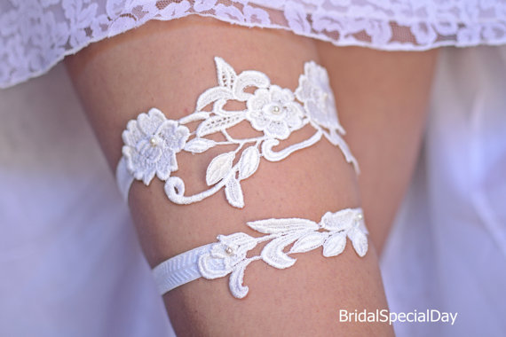 Свадьба - Ivory Bridal Accessories Lace Trim Wedding Garter Bridal Garter With Ivory Glass Pearls - Handmade Wedding Accessories