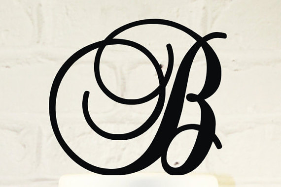 Mariage - Detachable Picks 6 inch Monogram Acrylic Wedding Cake Topper Personalized in Any Letter A B C D E F G H I J K L M N O P Q R S T U V W X Y Z