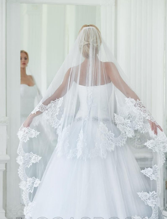 Mariage - Ready to Ship 2 Tier Light Ivory Cathedral Veil ...Soft tulle with Clear Comb