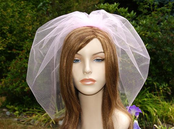Свадьба - Pink Shoulder Length Bridal Veil, 20 inch Tulle Blusher Veil, Pouf Bubble Wedding Veil, Diamond White, Off White, Ivory, Blush, Champagne