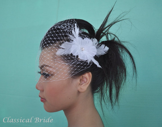 "زفاف - Bandeau 905 -- VEIL SET w/ RHINESTONE Feather Fascinator Hair Clip & Ivory or White 9"" Birdcage Blusher Veil for wedding tiara accessory"