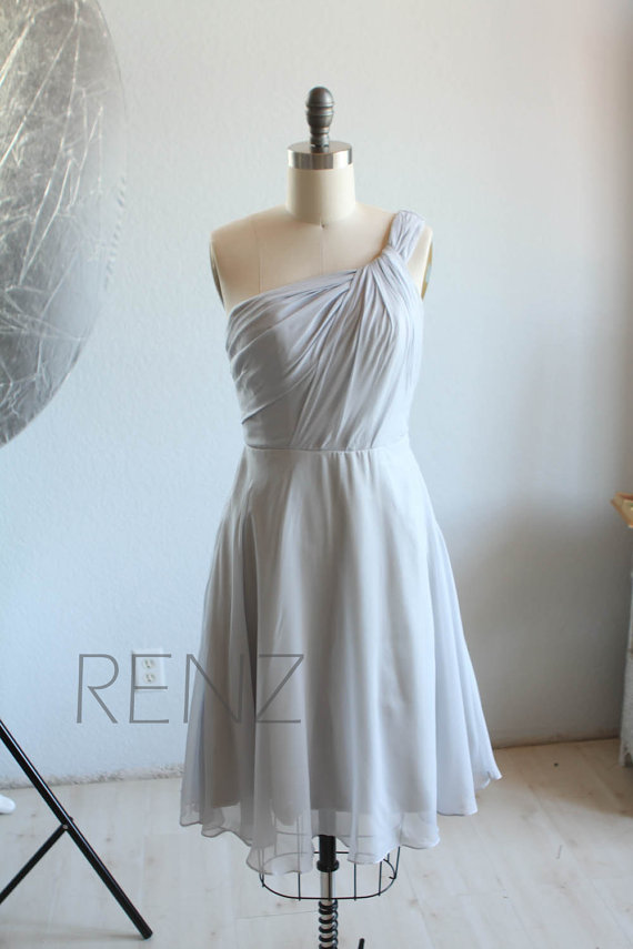 Hochzeit - 2015 Grey One Shoulder Bridesmaid dress, Gray Short Chiffon, Ruched Evening gown, a line Cocktail dress, Asymmetric Prom dress (B068A)-RENZ