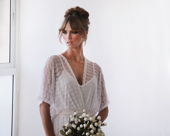 Country Wedding in Ivory Short Lace Dresses
