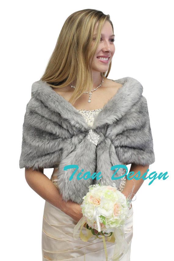 Mariage - Bridal fur stole, Grey Chinchilla faux fur stole fox fur shrug bridal fur wrap fur shawl, bridal stole, wedding stole, faux fur cape