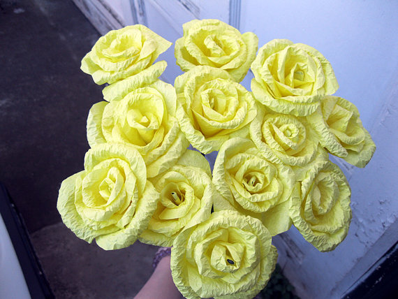 Mariage - 12 LARGE Yellow Mother's Day Origami Mulberry Paper Flowers Roses Wedding Bridal Party Decoration Bouquet