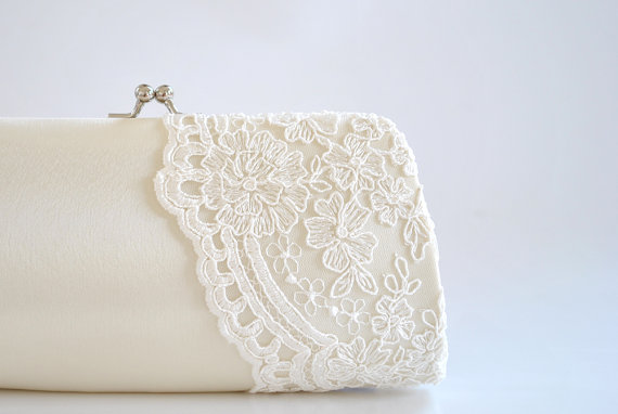Mariage - Ivory lace clutch, wedding clutch, Bridal clutch, Bridesmaids clutch, prom clutch