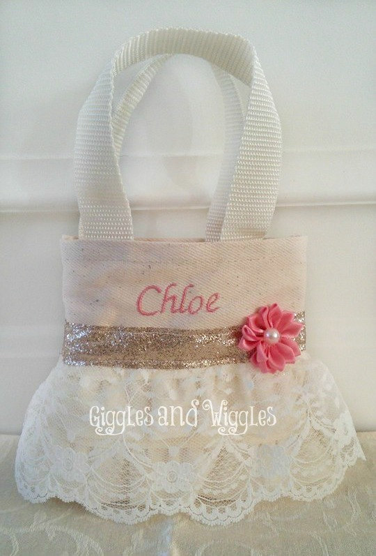 Mariage - Coral and Ivory Lace Flower Girl Purse, Flower Girl Gift, Birthday Gift, Will You Be My Flower Girl,Party  Favor Bags