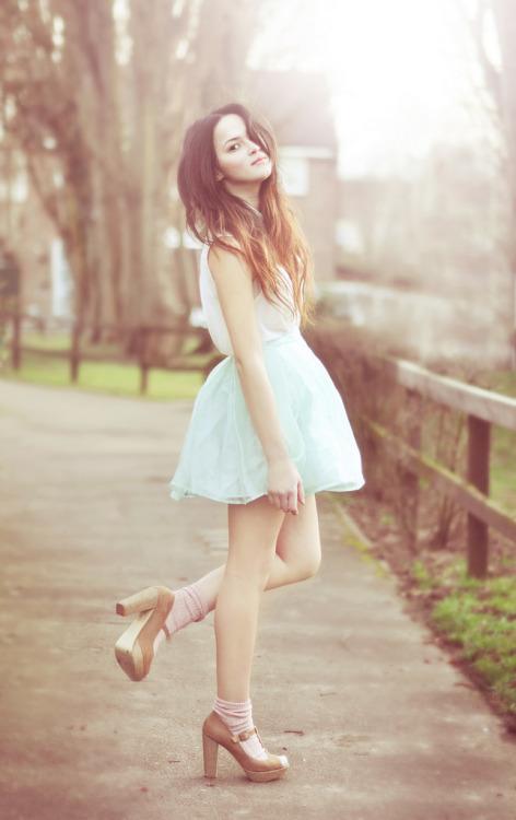 Hochzeit - nylonic by nicola crossley fashion blog - Global Streetsnap