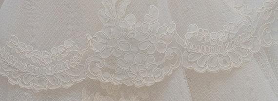 Mariage - Vintage Alencon Lace