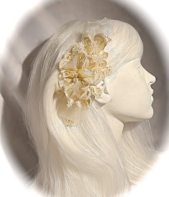 Mariage - Lace Bridal Hairpiece Ivory Victorian Headpiece Bridal Accessories OOAK