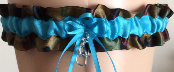 Свадьба - Turquoise Camo Wedding Garter, Bridal Garter, Prom Garter, Keepsake Garter, Garters, Camouflage Garter, Bridal Accessories