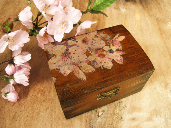 Mariage - Sakura Rustic Wedding Ring Bearer Box Cherry Blossom Jewelry Box Gift Box Spring Wedding Theme
