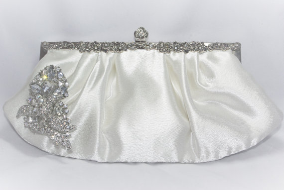 Mariage - Crystal Wedding Clutch in Ivory, Bridal Clutch, Wedding Handbag Crystal Clutch Bag, Bridal Handbag, Formal Satin Clutch, Ivory Wedding Purse