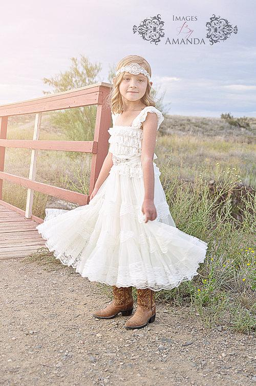 Lace flower girl dress rustic flower girl dress flower for Country wedding flower girl dresses