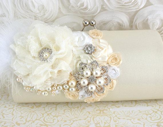 Hochzeit - Clutch, Handbag, Purse, Wedding, Bridal, Mother of the Bride, Cream, Ivory, white, Brooch, Ostrich Feathers, Crystals, Pearls, Elegant