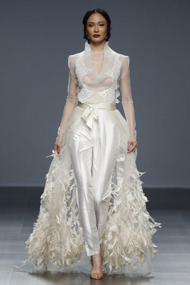 Wedding - 20 Ultra Romantic Lace Wedding Dresses