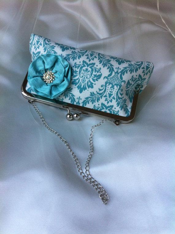 Hochzeit - Set of 6 six Bridesmaid clutch purse Pool Blue damask and silk lining