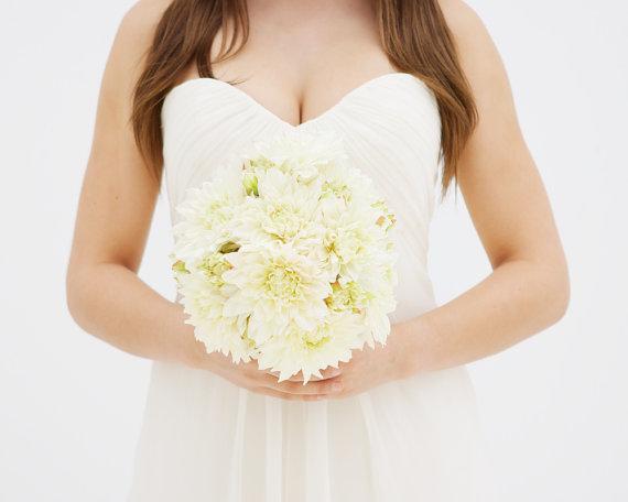 Hochzeit - Rustic Dahlia Bouquet