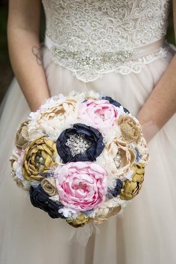 Mariage - Peony brooch bouquet. navy, blush, champagne, gold and burlap heirloom rhinestone brooch wedding bouquet.