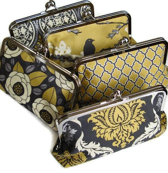 Свадьба - DESIGN YOUR OWN Set of clutches for your Bridesmaid gifts Clutches for your wedding party