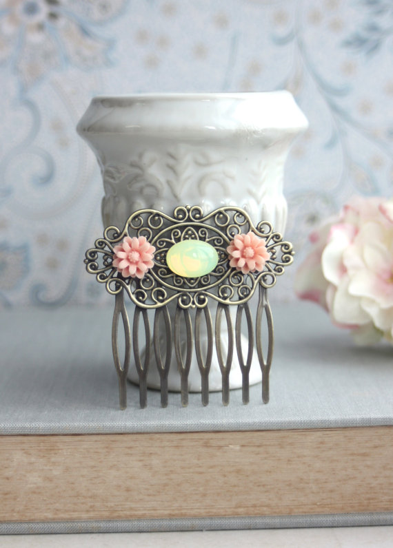 Mariage - Mint Opal Oval Glass Cabochon, Pink Mum Flower Filigree Hair Comb. Bridesmaid Gift. Rustic Inspired, Mint Pink Wedding. Sister, Friend. Wife