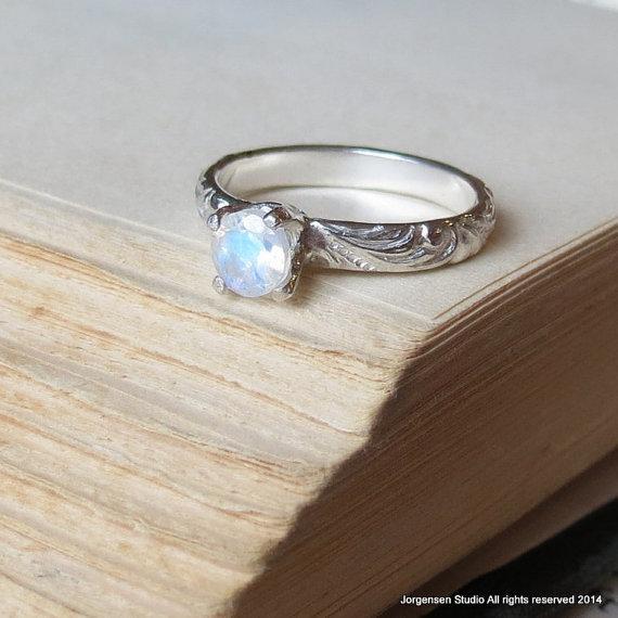 Mariage - Moonstone Engagement Ring Bright Finish Promise Ring Gemstone Stacking Ring