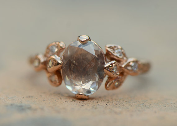 Свадьба - Rose cut white sapphire leaf ring.  Leaf engagement ring.  14k rose gold ring.