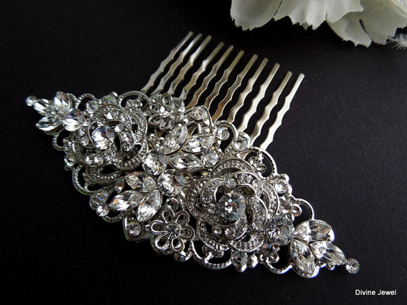 Свадьба - Wedding Bridal Pearl Rhinestone Hair Comb,Bridal Pearl Rhinestone Hair Comb,Wedding Rhinestone Hair Comb,Ivory or White Pearls,ROSELANI