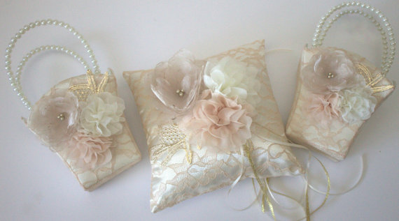 Mariage - Gold, Champagne, and Ivory Flower Girl Basket and Pillow - Bridal Pillow - Champagne Pillow - Gold Pillow - Wedding Pillow - Flower Basket