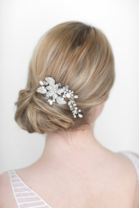 Wedding Hair Comb Bridal Head Piece Crystal And Pearl Haircomb Accessory