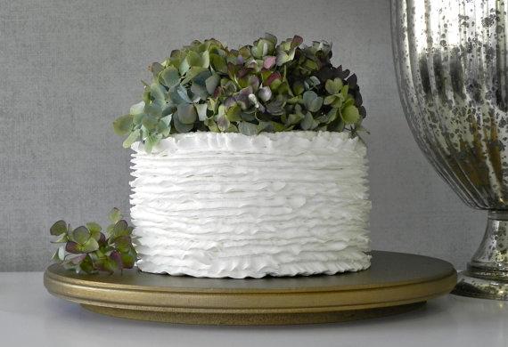 "Mariage - Gold Cake Stand 10"" Wedding Cake Cupcake Vintage Metallic Gold Rustic Wedding Decor E. Isabella Designs. Featured In Martha Stewart Weddings"