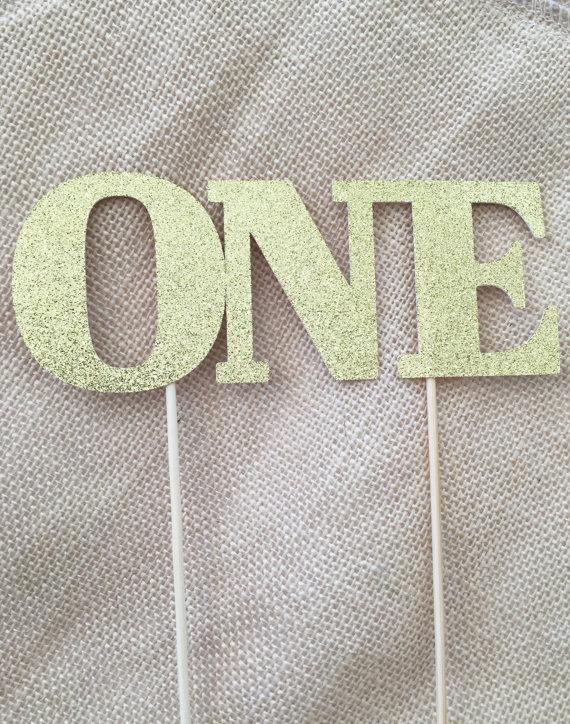 Свадьба - One Cake Topper, First Birthday Cake Topper, First Birthday Decorations, Gold Glitter Cake Topper