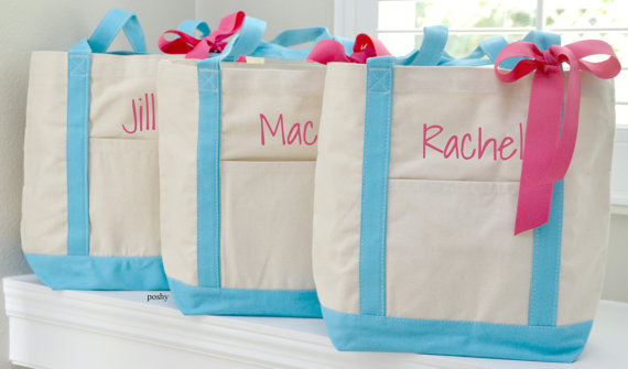 Hochzeit - Set of 10 Personalized Wedding Bridesmaids Totes Gifts in Purple or Blue LARGE SIZE