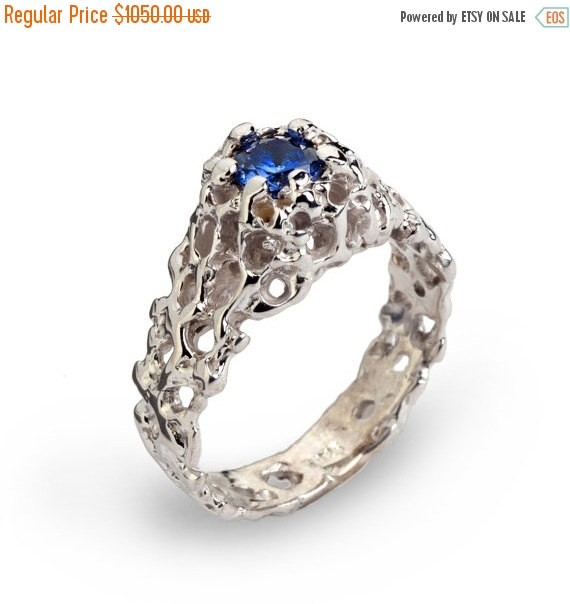 Свадьба - 20% off SALE - CORAL 14k White Gold Blue Sapphire Engagement Ring, Sapphire Solitaire Ring, Blue Sapphire Ring, Unique Engagement Ring, Orga
